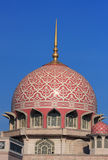 storslagen moské putrajaya fotografering för bildbyråer