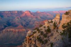 storslagen np-solnedgång för kanjon Royaltyfri Fotografi