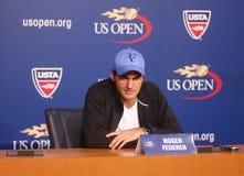 Storslagen Slam för sjutton gånger mästare Roger Federer under presskonferens på Billie Jean King National Tennis Center Arkivfoto