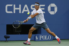 Storslagen Slam för tolv gånger mästare Rafael Nadal under semifinalmatch på US Open 2013 mot Richard Gasquet Arkivbilder
