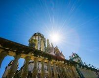 Storslagen slott i khaoen wang Arkivfoto