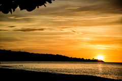 storslagen solnedgång Arkivbilder