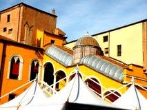 Storslagen trappuppgång av hedern i Ferrara, Italien Arkivfoto