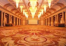 storslaget lyxigt korridorhotell Royaltyfria Bilder