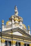storslaget utsmyckat ställe för brussels byggnader royaltyfri fotografi