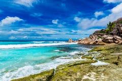 Storslagna Anse, LaDigue ö Seychellerna Arkivfoto