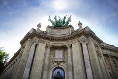 Storslagna Palais i Paris, Frankrike. Arkivfoto