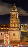 Storstads- domkyrka Zocalo Mexico - stadsjulnatt Mexico Arkivbild