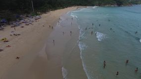 Storstilad waterscape, havvågor, från en helikopter Arkivfoton