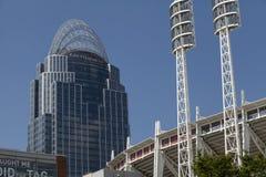 Stort amerikanskt torn och stor amerikansk basebollarena Royaltyfri Foto