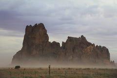 stort berg Arkivfoto