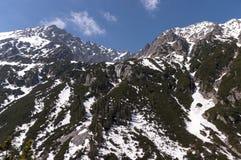 Stort bergmaximum i vårlandskap hög bergtatra Royaltyfri Foto