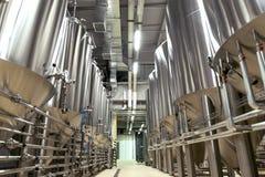 Stort bryggeri mycket av special utrustning Arkivfoto