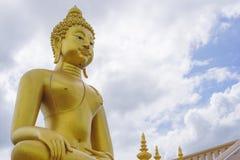 Stort BuddhaChiang Rai landskap Royaltyfria Bilder