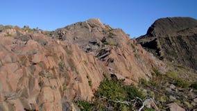 Stort färgrikt berg Arkivbild