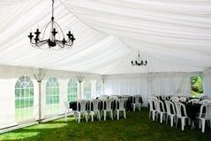 stort festtältbröllop Arkivbilder
