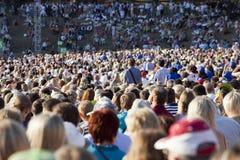 stort folk för folkmassa Royaltyfri Bild
