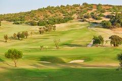 Stort golfefält i Portugal Arkivfoto