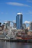 Stort hjul på strand, Seattle, Washington Arkivfoto