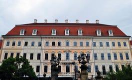 Stort hus royaltyfri bild
