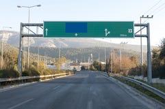 Stort huvudvägvägmärke Arkivfoton