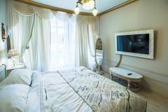 Stort och härligt sovrum Royaltyfria Foton