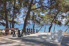 Stort schackbräde i Skala, Kefalonia royaltyfri bild