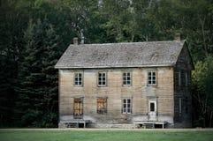 stort spökat hus arkivfoto