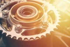 Stort tandhjul för formatmotorcykelbaksida Arkivfoton