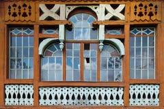 Stort träfönster Royaltyfri Foto