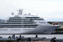 Stort vitt skepp Arkivfoton