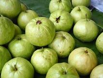 Stos świeży guavas tło Fotografia Stock