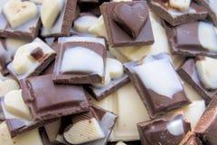 Stos asortowana czekolada zakazuje close-up zdjęcia royalty free