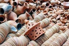 Stos ceramiczni zbiorniki przy fabryką Obrazy Stock