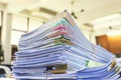 Stos dokumenty na biurku Fotografia Stock