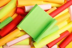 Stos kolorowi papierów kawałki dla loterii jako tło obraz stock