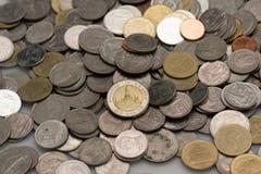 Stos monety/tajlandzki monety tło Obrazy Royalty Free