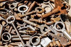Stos ośniedziali klucze fotografia stock