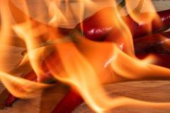 Stos płonący czerwony chili obrazy royalty free