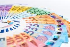 Stos papierowi euro banknoty jako część zlanego kraju ` s płatniczego systemu obraz stock