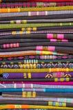Stos sarongi, sarong tekstura (Azjatycka odzież) Zdjęcia Royalty Free