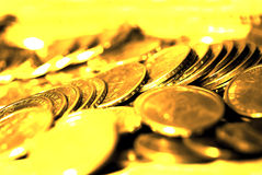 Stos złociste monety reprezentuje bogactwo Zdjęcie Stock
