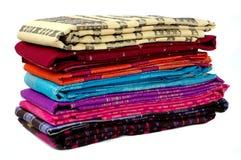 Stosy wyplatający jedwabniczy sarongów bugis Indonezja Obraz Stock