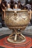 Stoup dell'acqua santa dal santuario di Erawan Fotografie Stock Libere da Diritti