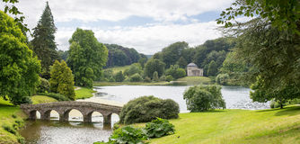 Stourhead Garden Bridge And Pantheon Royalty Free Stock Images