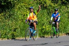 STP Сиэтл 2018 к велосипедистам Портленда имея время их жизней на красивый летний день Стоковая Фотография