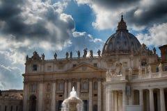 StPeters Dom w Watykan Obrazy Royalty Free