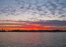 StPetersburg, puesta del sol Fotos de archivo libres de regalías