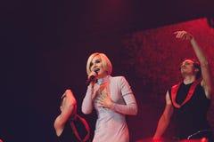 StPetersburg Ryssland, 09 Februari 2018, stor förälskelseshow Sångare Polina Gagarina för populär musik på musiketapp Royaltyfri Foto