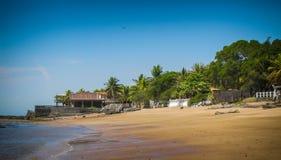 Stränder längs kusten i El Salvador arkivfoton